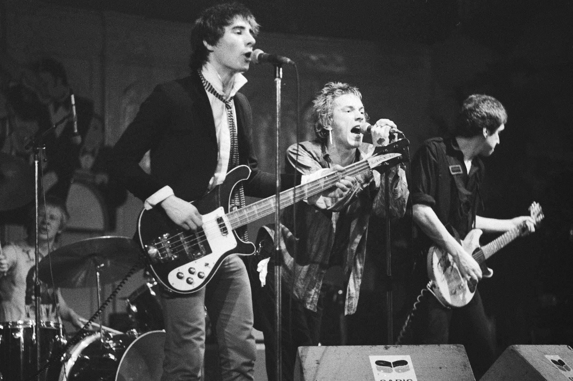 No hay nada más viejo que seguir preguntándose por la muerte del rock